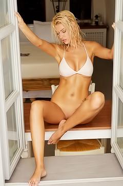 Glamour Playmate Tanja Brockmann Out Of Bikini