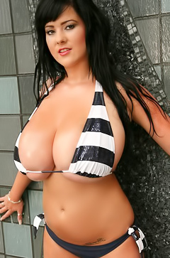 Rachel Aldana and her super big tits