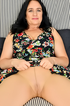 Chubby brunette Ria Black strips and masturbates pussy