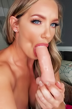 Cali Carter Enjoys Putting Her Pussy On A Show
